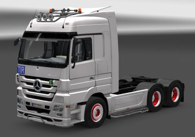2013-04-26-Mercedes-Actros-Mega-Space-ets2-small